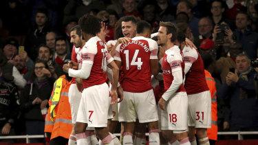 Arsenal celebrate Lucas Torreira's goal.