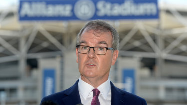 Labor leader Michael Daley has promised to sack the unelected members of the SCG Trust.