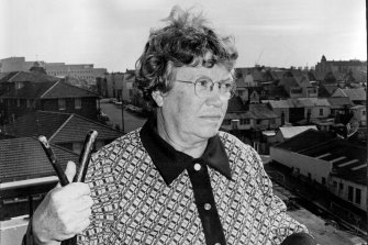 US anthropologist, Dr Margaret Mead, inspects Purcell, a new housing development on the corner of Young and Cooper streets in Redfern, May 29, 1973.