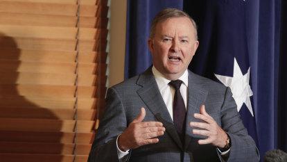 Super scheme frozen as AFP investigates alleged attack on tax agent database
