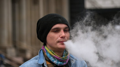 'They get young people into smoking': Doctors hesitant to prescribe vaping
