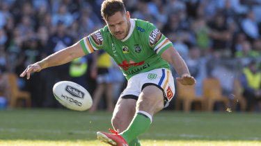 Rugby league Immortal Andrew Johns says Brisbane could take the first step to greatness by signing Canberra halfback Aidan Sezer.