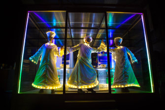 The Cube is an innovative pop-up theatre space, which has housed a work called Enlighten about death, featuring angels.