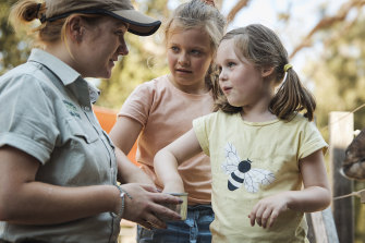 Your kids can meet the keepers at Taronga Zoo these school holidays.