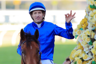Hugh Bowman has decided to head to Melbourne for the spring next month,,