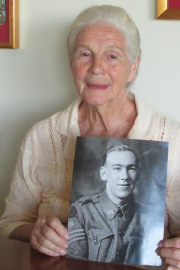 Valarie Trevithick, a WWI widow, with a picture of Leslie  Sinclair, who became her husband.