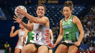 Magpie Ash Brazill (left) in action against West Coast Fever.