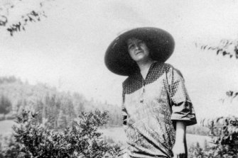 Alma Mahler pictured during World War I, only a few years after Gustav Mahler died.