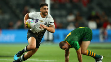 Shaun Johnson skips away during the World Cup 9s.