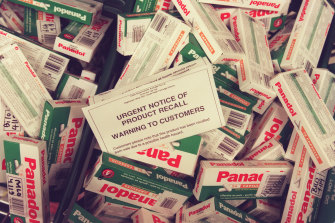 Panadol packets were removed from shelves in 2000 after an $1 million extortion attempt.