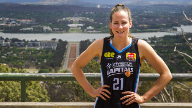 Canberra Capitals player Keely Froling is set to play for the Nationals.