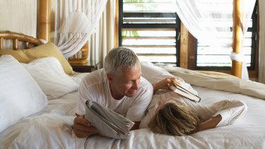 Man woman bed.