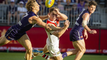St Kilda's Jack Billings (centre) was the subject of a six-six-six infringement against Fremantle at the weekend.