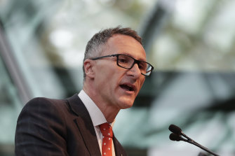 Greens leader Richard Di Natale, a former GP, wants the government to make more masks available.