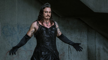 Teddy Tahu Rhodes as Mephistopheles for Opera Australia's Faust.