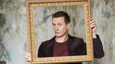 Comedian Rove McManus will host the life-drawing class, Life Drawing Live.