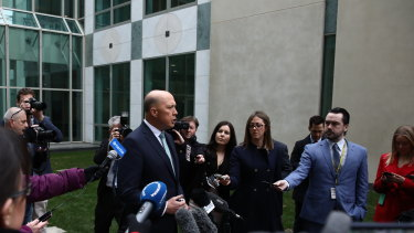 Peter Dutton has released legal advice he says shows he is eligible to sit in Parliament.