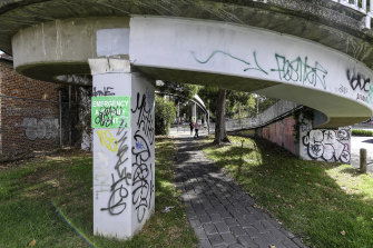 The Hoddle Street footbridge ramp is underutilised, Yarra says.