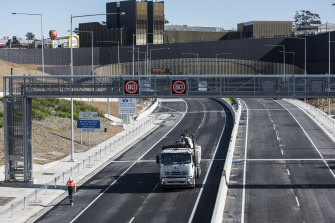 Transurban says Australia needs to prepare for the shift to road user charging now.