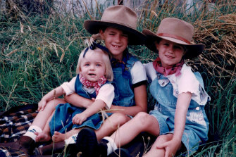 Lisa, Chloe and Carlie Higgins in Mudgee, 1997.