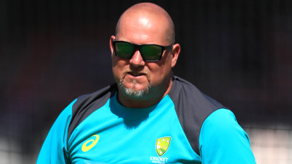 Saker calls for CA to release ball tampering report