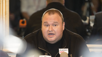Kim Dotcom makes final extradition appeal in NZ to avoid US Megaupload trial