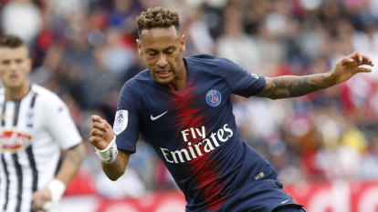 Neymar, Mbappe on song as PSG stay top of French league