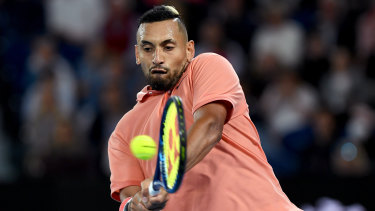 Kyrgios hanging on in fourth set after saving break points.