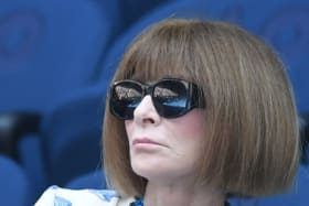 Fashion editor Anna Wintour is seen in the stands during the match between Stefanos Tsitsipas of Greece and Roberto Bautista Agut of Spain for the men's singles quarter final at the Australian Open Grand Slam tennis tournament in Melbourne, Australia, 22 January 2019. (AAP Image/Lukas Coch) NO ARCHIVING, EDITORIAL USE ONLY