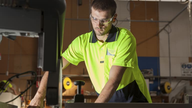 Parents are not encouraging their children to chase apprenticeships.