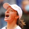 Iga Swiatek wins French Open women's singles title