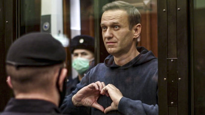 Hunger-striking Navalny to be transferred to hospital for vitamin treatment