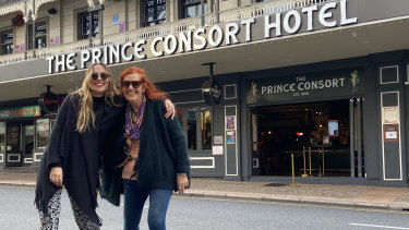 Singer-songwriter Jamie-Lee Dimes with Minnie Yorke outside the Prince Consort Hotel.