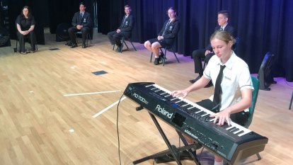 Brisbane school streams mini-concert, assembly to aged-care home in lockdown