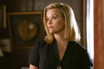 Reese Witherspoon plays Elena in the TV adaptation of Celeste Ng's book Little Fires Everywhere.