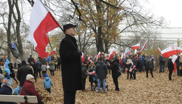 Poles gather in Warsaw on Sunday to watch the official ceremony marking both the end of WWI and Poland's Independence Day. The day celebrates the nation regaining its sovereignty at the end of WWI after being wiped off the map for more than a century.