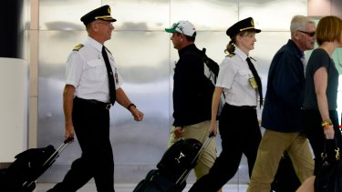220 Qantas pilots are set to lose their jobs.