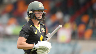 How much longer will Ellyse Perry remain an automatic selection in Australia's Twenty20 team?
