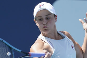 Ash Barty is through to the semi-finals of the Miami Open.