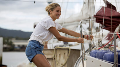 Shailene Woodley captains her own boat in lost-at-sea tale Adrift