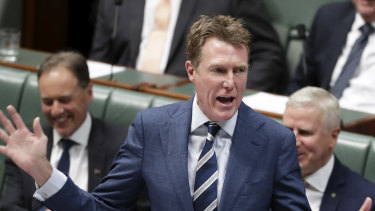 Attorney-General Christian Porter is seeking crossbench support for the Ensuring Integrity Bill.