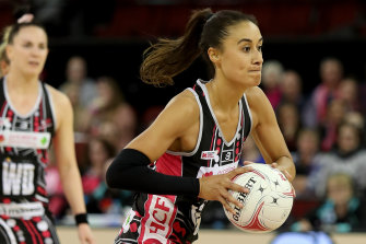 Maria Folau in action for the Thunderbirds.