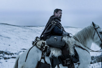 Angus Macfadyen as Robert the Bruce in the film of the same name, which he wrote.