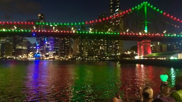 Brisbane's Story Bridge to be repainted for the first time.