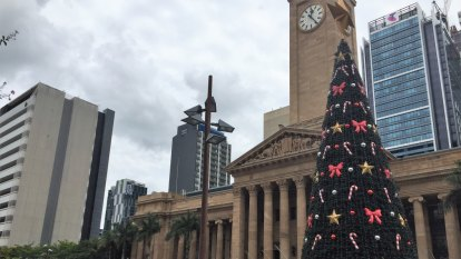 Brisbane's Christmas tree lingers beyond Twelfth Night