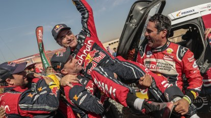 Sainz wins Dakar for third time as Brabec takes motorcycle title