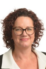 Eva Scheerlinck, chief executive of AIST, says the results show there needs to be a uniform super comparison tool.