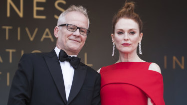 Cannes Film Festival director Thierry Fremaux and actress Julianne Moore in 2018.