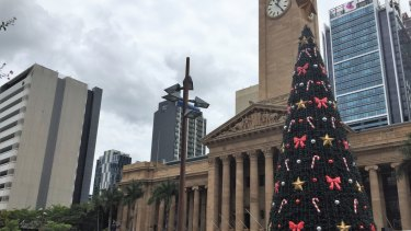 The council's Christmas tree lingered beyond Twelfth Night on January 7.