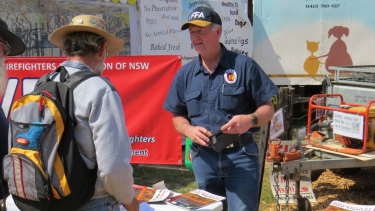 VFFA president Mick Holton at the Henty Field Day in the Riverina.